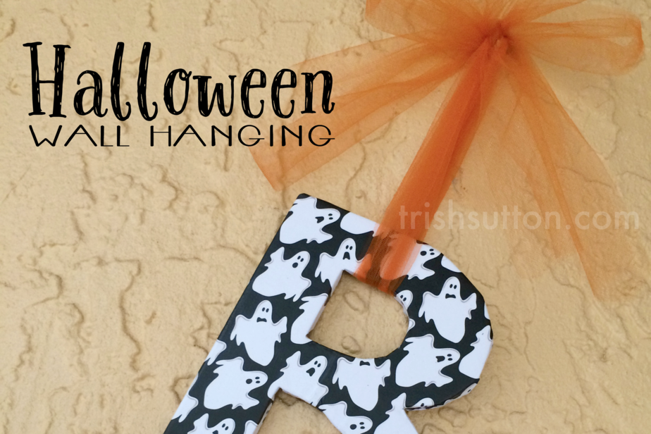 Boo Halloween Wall Hanging; Festive Decor by TrishSutton.com; Three letters and a little creativity are all it takes to make a Boo Halloween Wall Hanging!