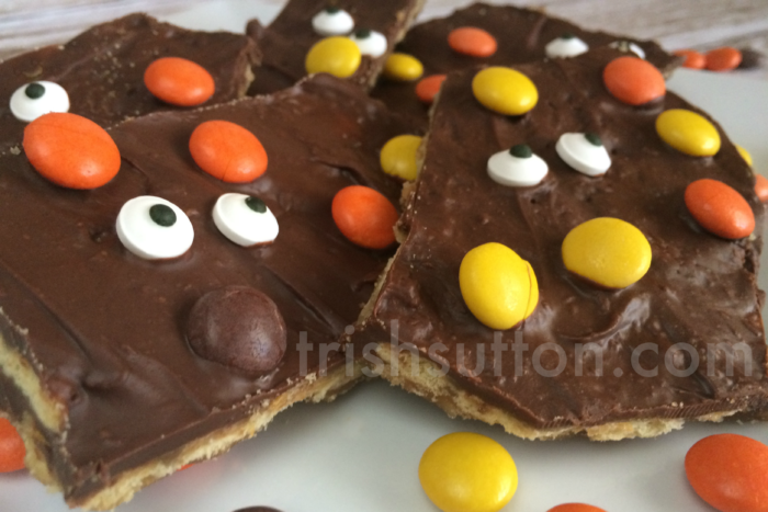 Spooky Halloween Chocolate Bark Recipe by TrishSutton.com