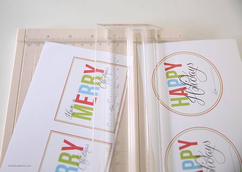 Free Printable Christmas Gift Tags by I Heart Naptime