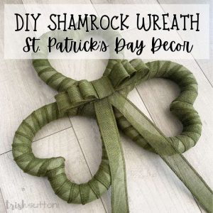 Transform three hearts into a clover! Create a front door welcome with this simple DIY shamrock wreath St. Patrick's Day decor.